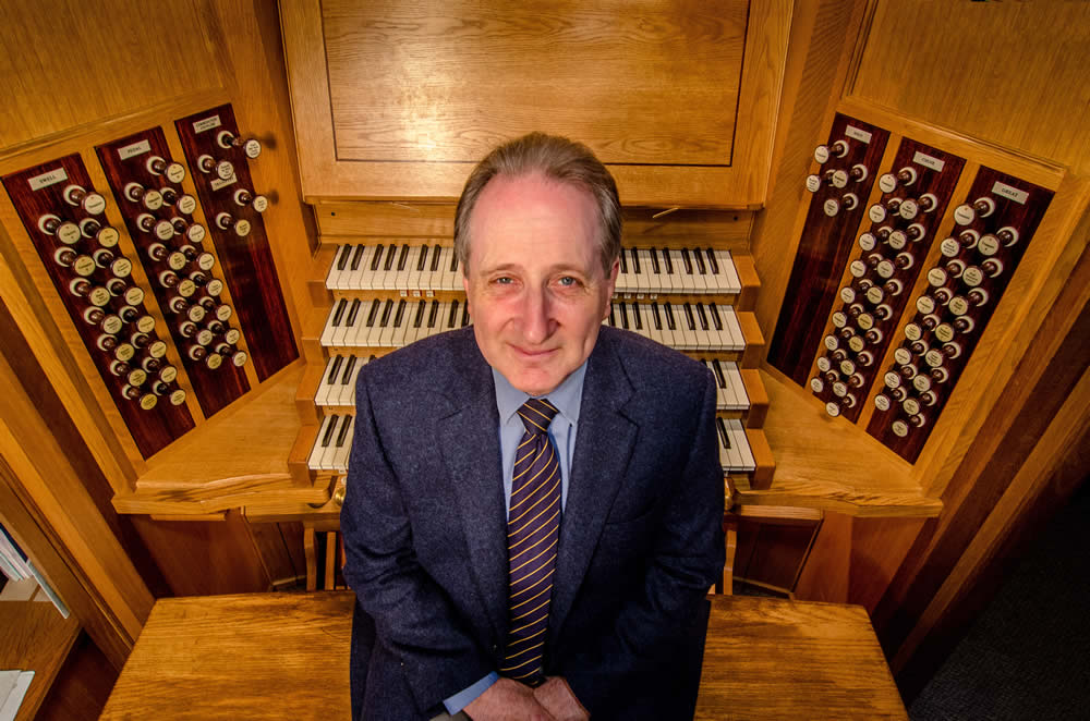 Paul Hale at Southwell Organ Console